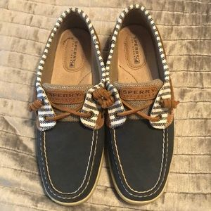 Navy Striped Sperry Topsider (size 7)